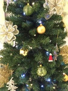 ラヴァーレ ブログ イルミネーション クリスマス フランキンセンス