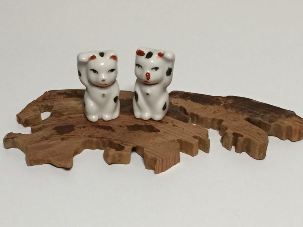 ラヴァーレ ブログ アロマ 猫 置物 五葉松 姫子松 盆栽
