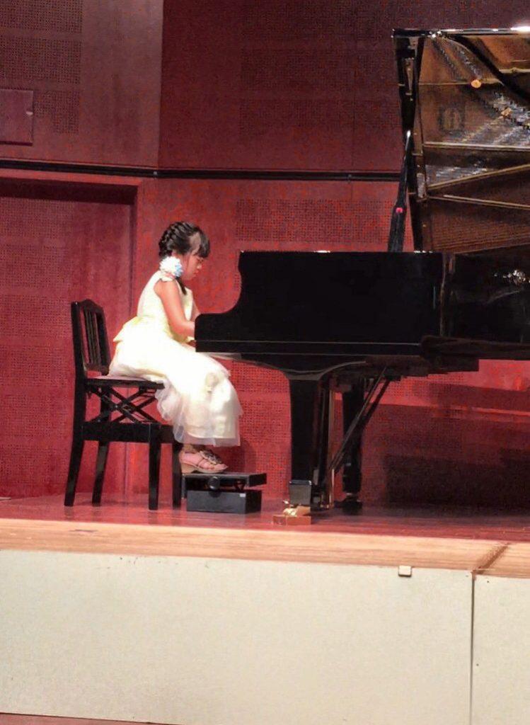 ラヴァーレ ブログ アロマ ラベンダー 効果 ピアノ